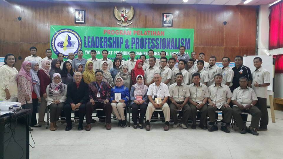 Pelatihan Leadership & Professionalsm